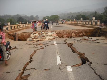 แผ่นดินไหวพม่า